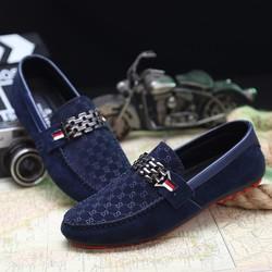 giày lười mang phong cách trẻ trung
