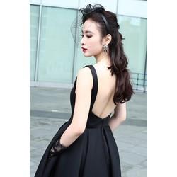 Đầm xoè đuôi tôm kiểu hở lưng sang trọng
