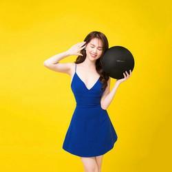 Đầm xòe xanh coban hai dây hở lưng