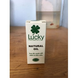Tinh dầu lucky 100 nguyên chất. mùi hoa hồng. 10ml