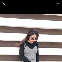 Set yếm xám ren + áo thun gân