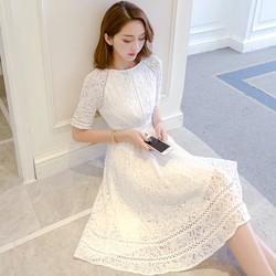 TH1007M - Đầm ren xòe công chúa