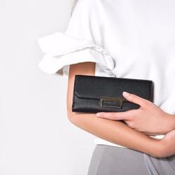 ví dài cầm tay Charles n Keith hàng xuất