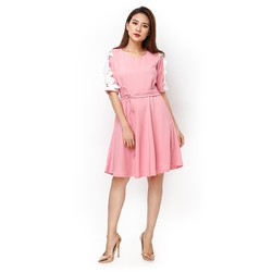 Đầm xòe phối tay ren màu hồng dâu size M