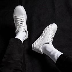 Giày Sneaker Nam Phong Cách Trẻ Trung
