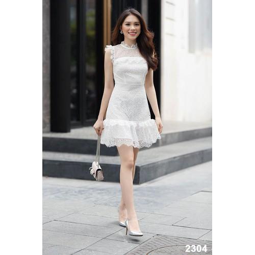 Đầm ren trắng dự tiệc