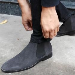 Giày chelsea boot cao cổ da lộn màu đen giá rẻ nhất