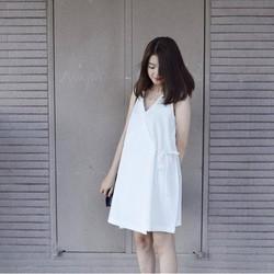 Đầm Cổ V Cột Dây Chéo Hông