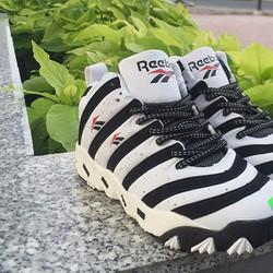 Giày cao cổ trắng đen