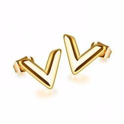 Bông tai titan thời trang Louis Vuitton vàng 24k - TB046
