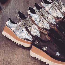 Giày ngôi sao da bóng