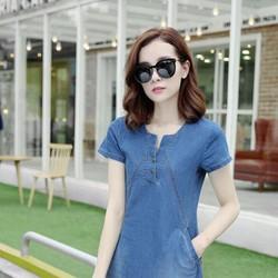 Đầm jean suông cổ V sâu phối túi - xanh jean
