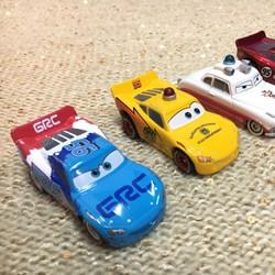 Xe đua Lightning McQueen - Tomica
