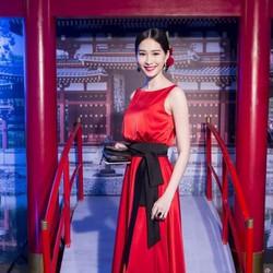 Đầm dự tiệc đỏ sang trọng giống HH Thu Thảo MX117