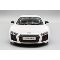 Xe Mô Hình Audi R8 1:18 MAISTO Trắng