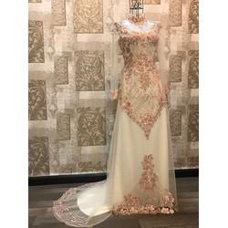 Áo dài cưới, ren sang trọng, lấp lánh và nổi bật
