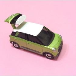 Xe mô hình Tomica Suzuki Husrler