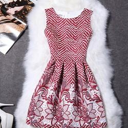 Đầm gấm họa tiết chấm bi hoa