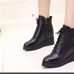 Giày Boot Nữ Đế Xuồng Các Tính