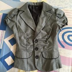 Áo vest màu ghi xám - vải kim tuyến, tay bèo