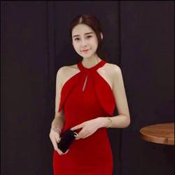 Đầm ôm yếm xẻ tà - Tdress