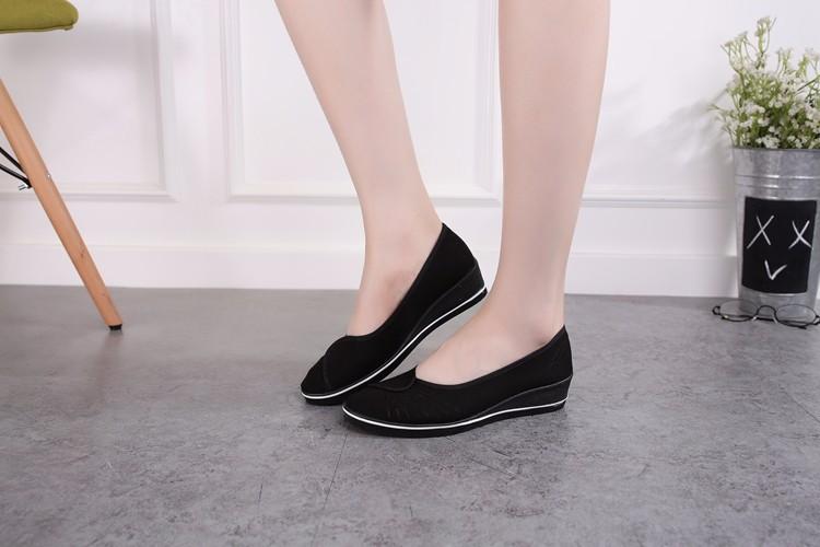 Giày đi bộ cực êm chân 1