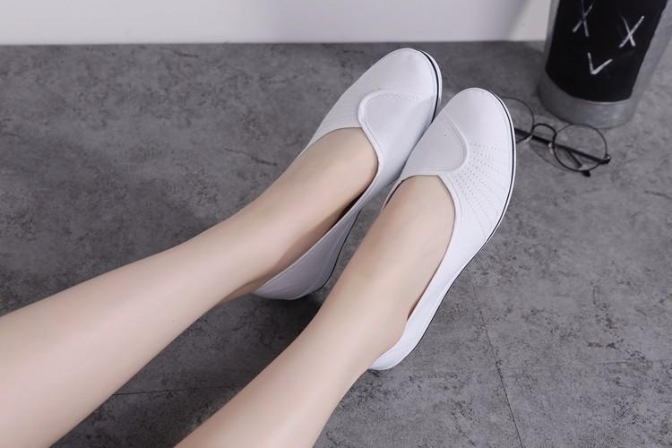 Giày đi bộ cực êm chân 10