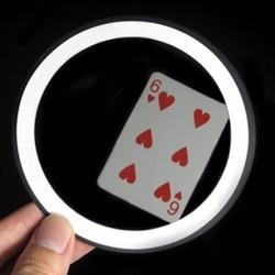 Just kidding-Gương ảo thuật