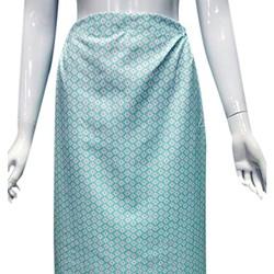 Váy chống nắng-nền xanh nhạt hoa nhí trắng