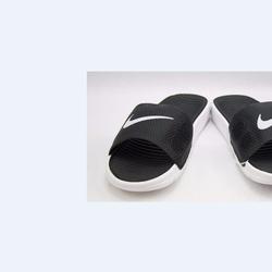 Dép thể thao Nike