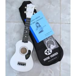 ukulele soprano