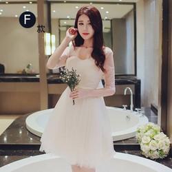 Đầm ren công chúa phồng
