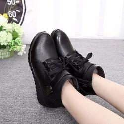 Giày boot nữ phong cách cá tính B074