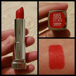Son thỏi lâu phai Maybelline Matte Mat - Made In USA