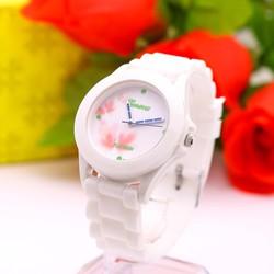 Đồng hồ Bé gái họa tiết thời trang GE106