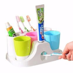 Bộ Kệ Bàn Chảy Và Kem Đánh Răng + 3 Cốc Súc Miệng Giao Hàng Tận Nơi