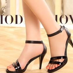 sandal cao gót màu đen