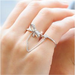 Nhẫn nối nhẫn nạm đá độc đáo