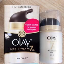 Kem dưỡng da Olay-Total Effects