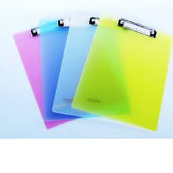 Trình ký nhựa trong DELI A4