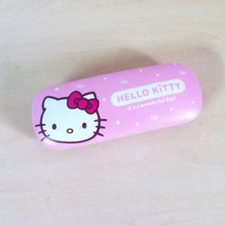 Hộp đựng kính Hello Kitty  KT104