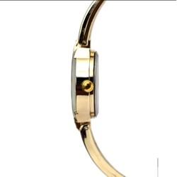 Đồng hồ dây lắc thời trang