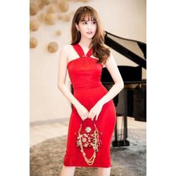 Đầm body đỏ Ngọc Trinh