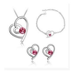 Bộ trang sức trái tim đá hồng