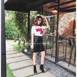 Set áo thun DUMP HIM chân váy da _MỎ CHU SHOP