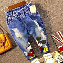 Quần jeans dài in mickey cho bé