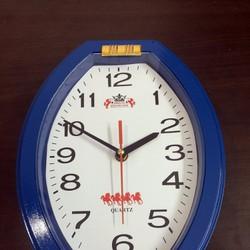 Đồng hồ treo tường hình elip Mido xanh