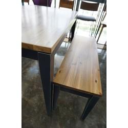set table 16