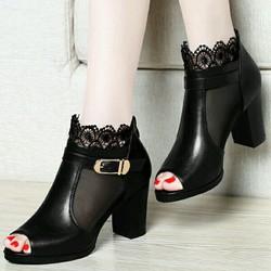 Giày boot cao cấp phối ren hoa