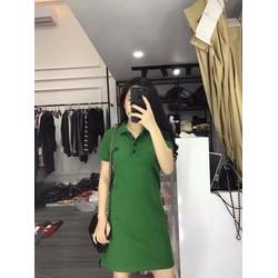 Đầm suông cổ lật nút đơn giản
